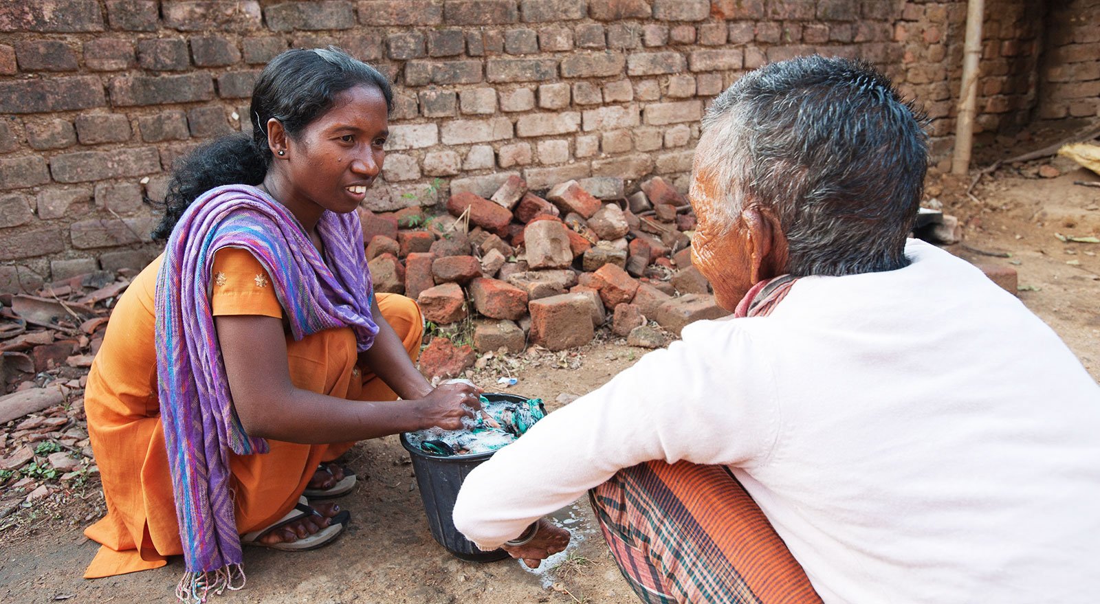 Sakshi, who ministered to leprosy patients, once had leprosy herself before Jesus healed her.