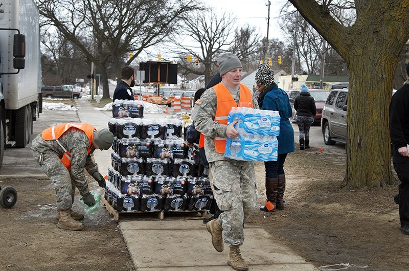 The National Guard delivers bottled water to Flint, MI