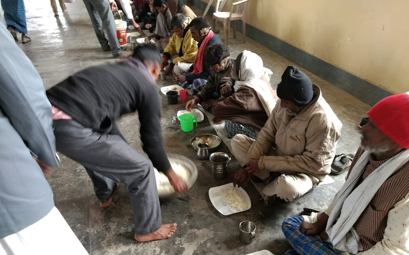 Feeding leprosy patients